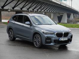 BMW X1 xDrive 25d – im większy grill, tym bardziej premium?