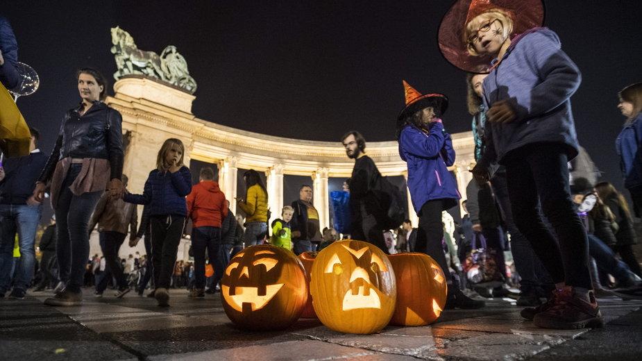 Halloween obchodzi się 31 października