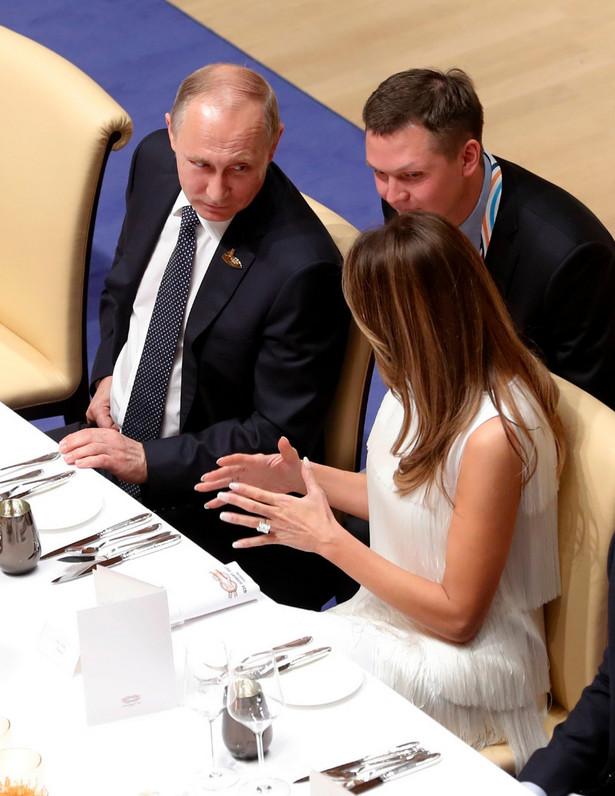 Putin rozmawia z Melanią Trump
