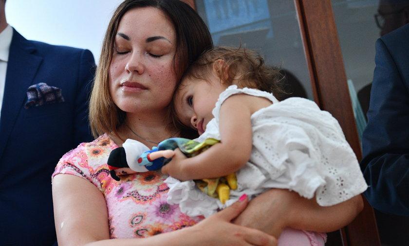 Norweżka bała się, że odbiorą jej dziecko, Polska dała jej azyl