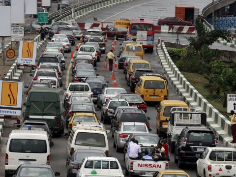 Traffic on a Lagos bridge ( Guardian)