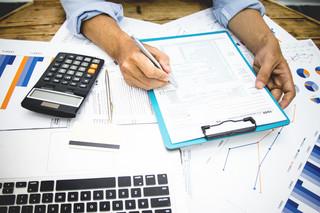 Czas na PIT-28. Kto musi złożyć zeznanie podatkowe?