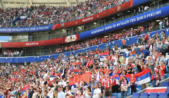 Naši navijači na meču sa Kostarikom