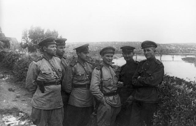 Oslobodioci Beograda na Kalemegdanu