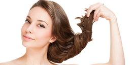 Chcesz mieć piękne włosy bez wizyty u fryzjera? Sprawdź, jak to zrobić!