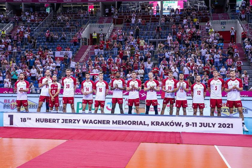 Mistrzowie świata przed meczami w fazie grupowej rozgrywek siatkarzy nie usłyszą polskiego hymnu