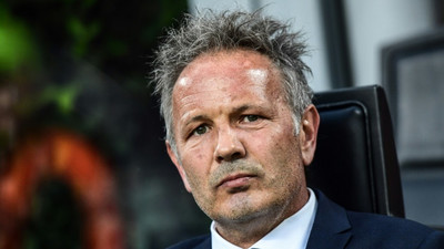 Bologna earn Serie A survival in six-goal Lazio thriller