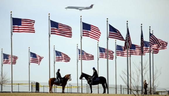 Nije dozvoljeno nas špijunirati: Amerikanci na braniku otadžbine