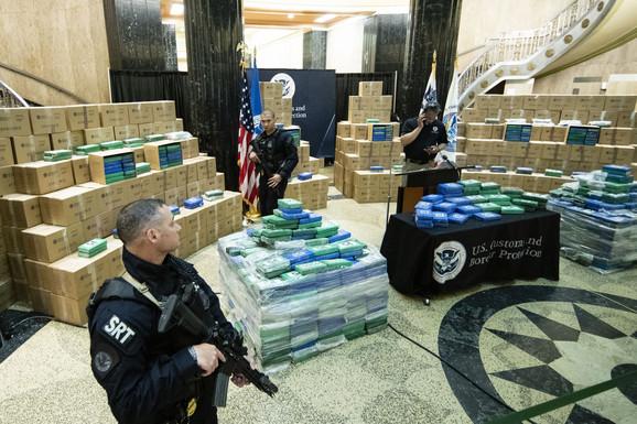 KOKAIN OD MILIJARDU EVRA Rekordnu količinu droge zaplenjenu u SAD naručio čovek označen kao DESNA RUKA DARKA ŠARIĆA?