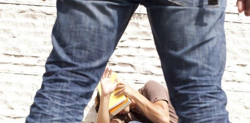 18-latek zgwałcił 8-letniego współlokatora