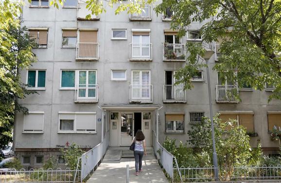 Zgrada u Kumodraškoj ulici u kojoj je pronađen leš