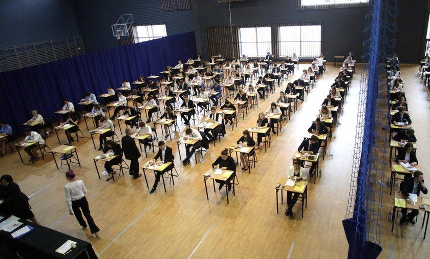 Matura i egzamin gimnazjalny - testy próbne. CKE podała terminy.