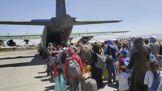 Pierwsze spotkanie Francuzów z talibami. Rozmawiali o sytuacji na lotnisku w Kabulu
