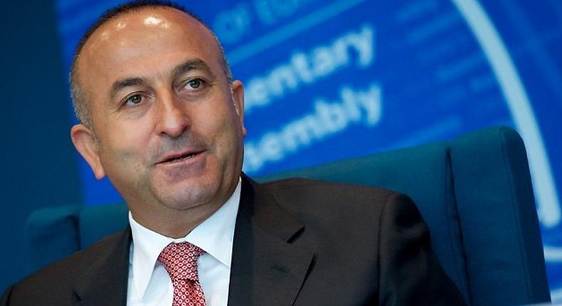 Turkish foreign minister, Mevlut Cavusoglu calls for the removal of Syrian president.
