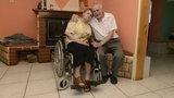 Dramatyczne wyznanie staruszków: Siedzimy i czekamy na śmierć