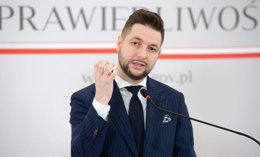 Raport Solidarnej Polski o stratach na członkostwie w Unii Europejskiej. Pomyłki na setki miliardow złotych.