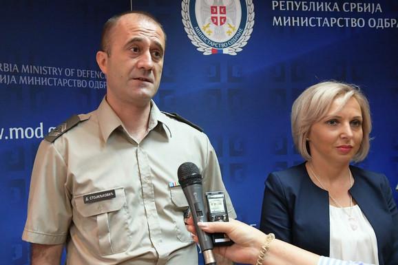 Zastavnik Stojiljković i njegova supruga spašavali su život dečaku, dok je njihovo troje dece gledalo