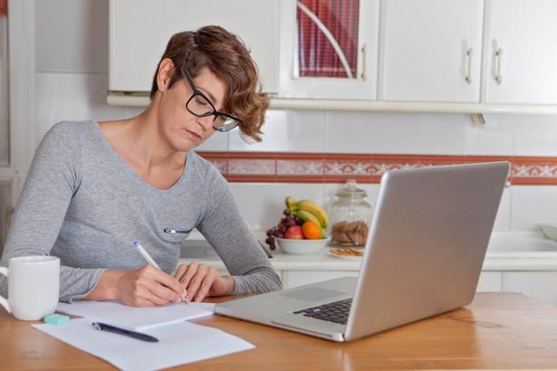 Obecnie wydatki na dostęp do internetu można odliczać wyłącznie przez dwa kolejne (następujące bezpośrednio po sobie) lata podatkowe
