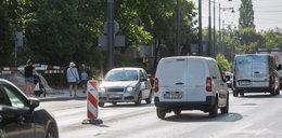 Uwaga! Drogowcy wychodzą na ulice, kierowcy pojadą wolniej