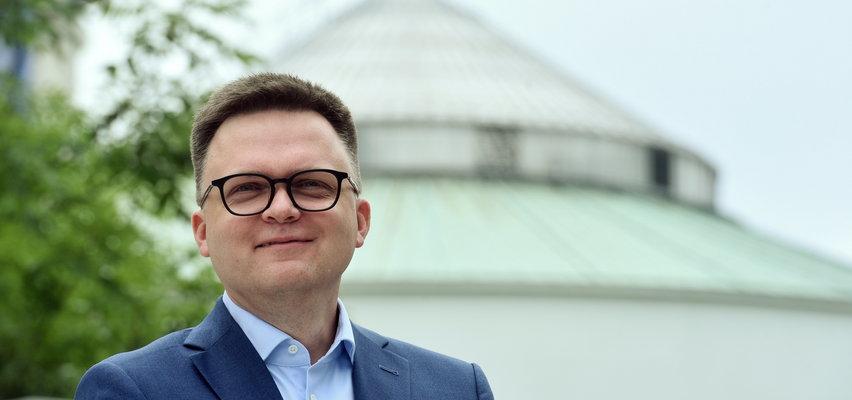 Manifestacja Tuska w sprawie Unii Europejskiej. Czy weźmie w niej udział Szymon Hołownia?