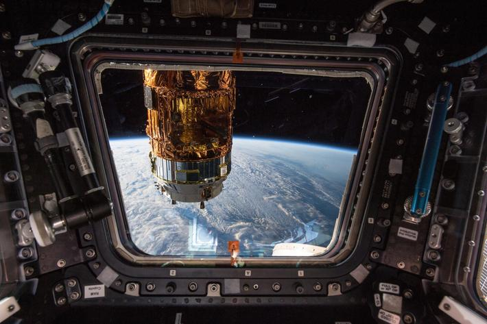 HTV7 Reaches International Space Station