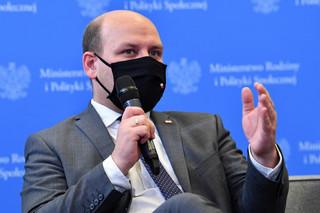 Szynkowski vel Sęk: Dworczyk funkcjonuje w przestrzeni nieosiągalnej dla wielu polityków