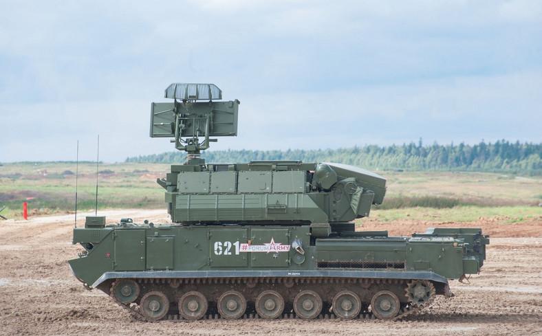 Rosyjski taktyczny system obrony przeciwlotniczej Tor (zdjęcie ilustracyjne)