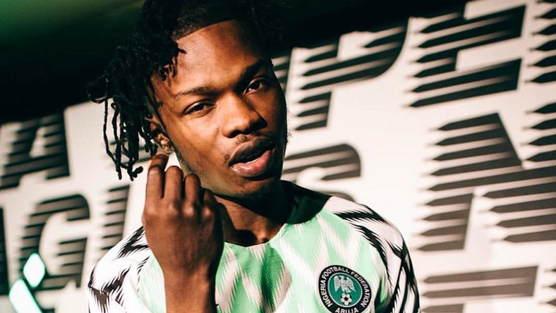Naira Marley curses EFCC in Dubai, asks FG to stop harassing rich youths. (trenchtrenchtrench)