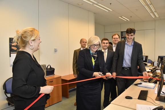 Guvernerka Jorgovanka Tabaković simbolično pušta u rad novi platni sistem