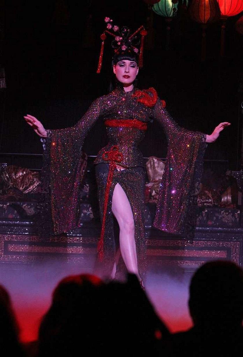 Dita Von Teese show