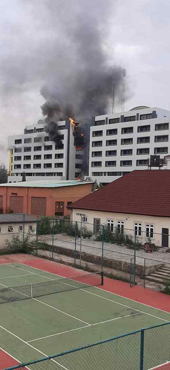 Nigeria's Accountant General Office on fire (Tribune)