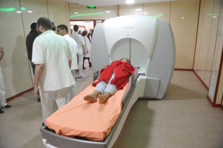 prva pacijentkinja Snežana Damjanović Gama noz klinicki centar_021115_RAS foto Oliver Bunic25_preview