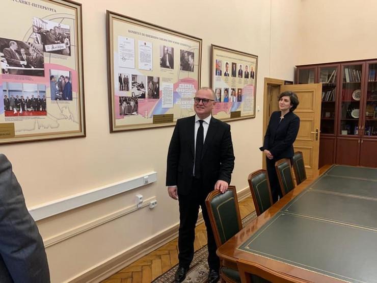 vesić putinov kabinet