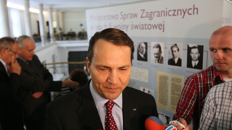 Radosław Sikorski leci do Berlina na rozmowy o Ukrainie