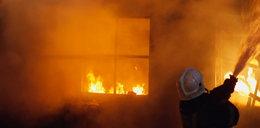 Płonie fabryka zniczy we Wrocławiu