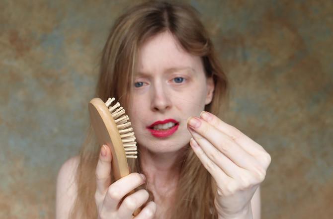 Svi primećujemo da su nam koža, kosa i nokti u sve gorem stanju.
