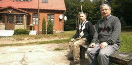 Tego nie wiecie o Kaczyńskich. Było o włos od tragedii