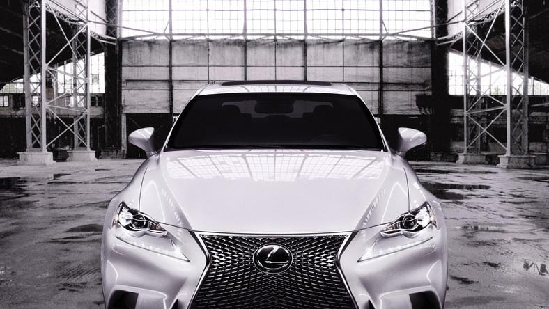 Lexus ujawnił wygląd trzeciej generacji modelu IS. Światowa premiera tego auta jest zaplanowana na 15 stycznia 2013 roku w czasie salonu samochodowego w Detroit...
