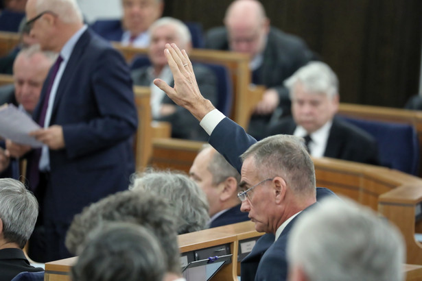 senat o cenach energii elektrycznej