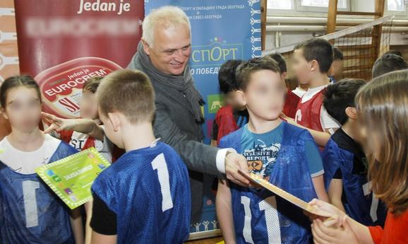 Goran Vesić u OŠ