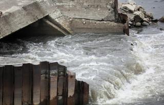 Warszawa: W środę most pontonowy będzie gotowy