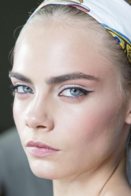 50 Pomysłów Na Makijaż Dla Niebieskich Oczu
