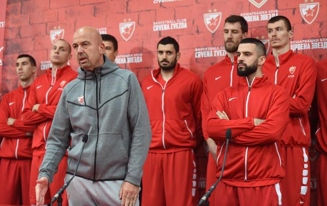 Nebojša Ilić na vanrednoj konferenciji KK Crvena zvezda