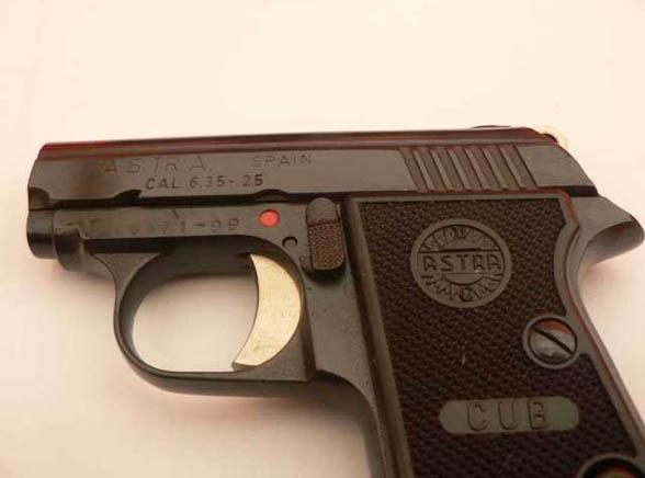 Chciał przemycić 8 tysięcy pistoletów