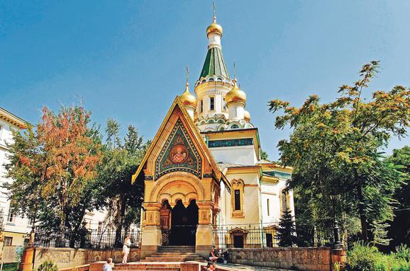 Crkva svetog  Nikolaja u Sofiji  uzor za Sremce