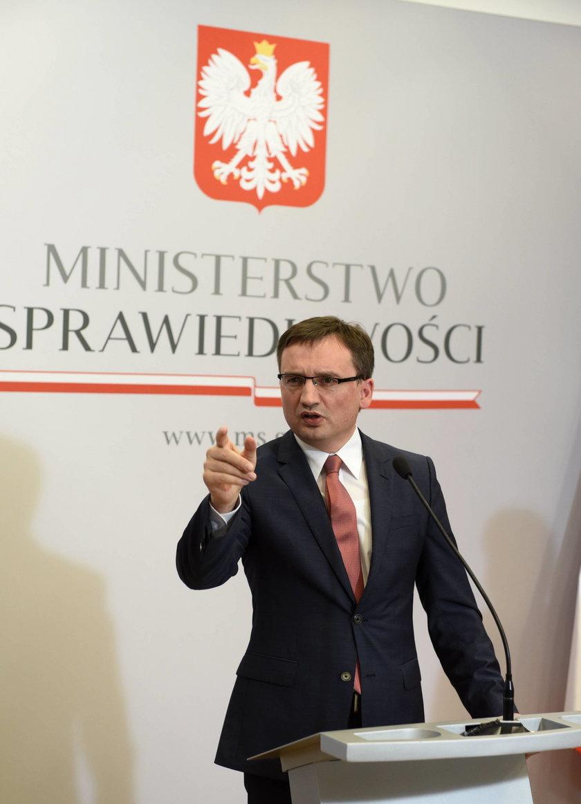 Minister Ziobro zapowiedział interwencję ws. zgwałconej tłumaczki z Elbląga