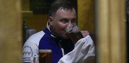 Prezydent Andrzej Duda sączył piwo z góralami