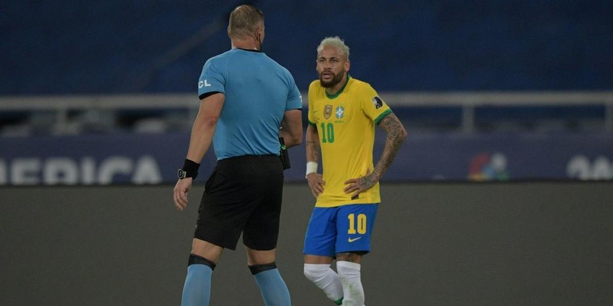 Brazil eke out win against Colombia in Copa America