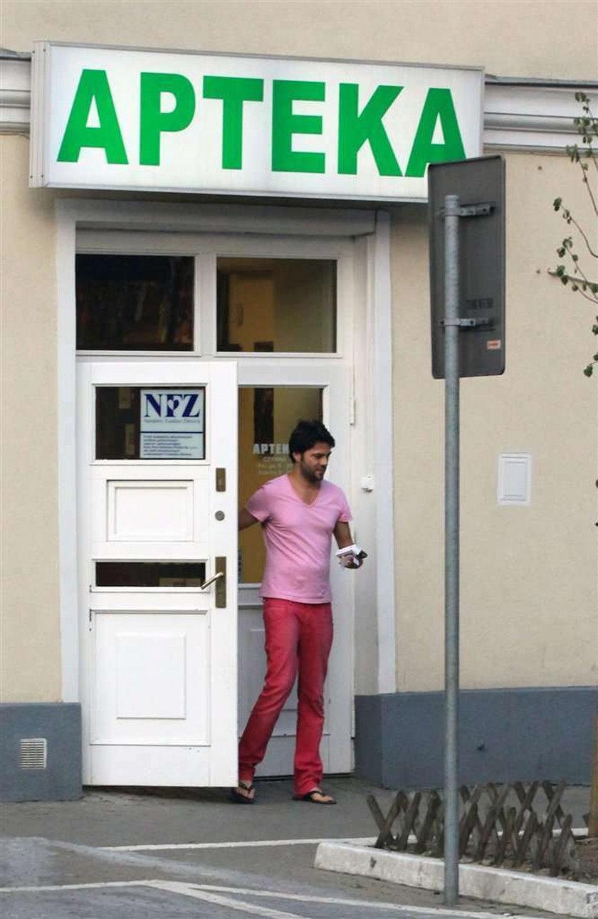 Janiak to tatuś w różowych portkach