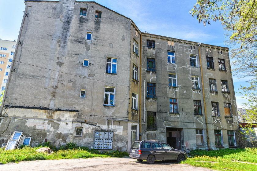 Zagrzybione mieszkanie w Łodzi